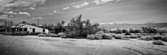 USA-0001-Cafe In The High Desert_ - Print 45w15h